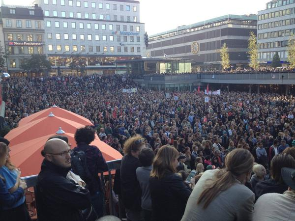 "In Sweden, Thousands Protest as ""Fascists and Racists"" Enter Parliament in Rising Numbers"