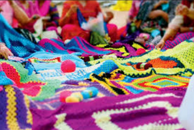 World's largest crochet quilt