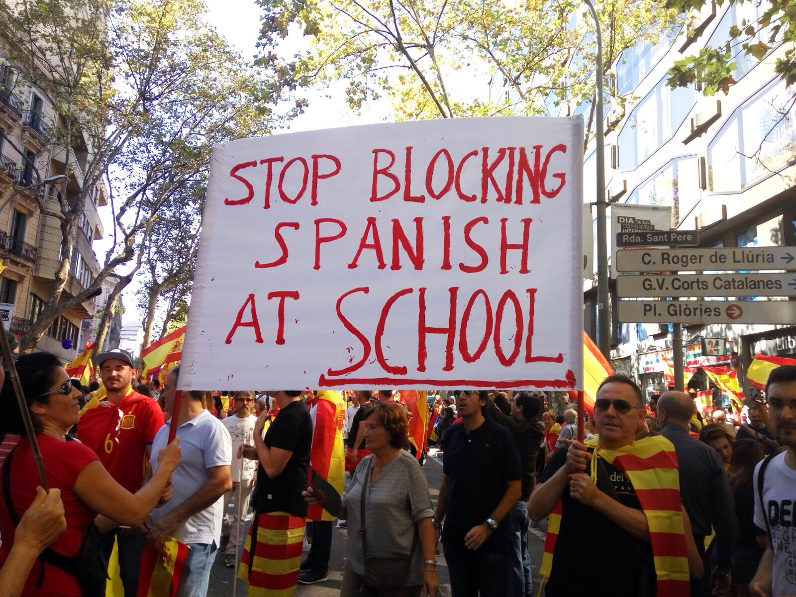 Thousands Protest for Spanish Unity